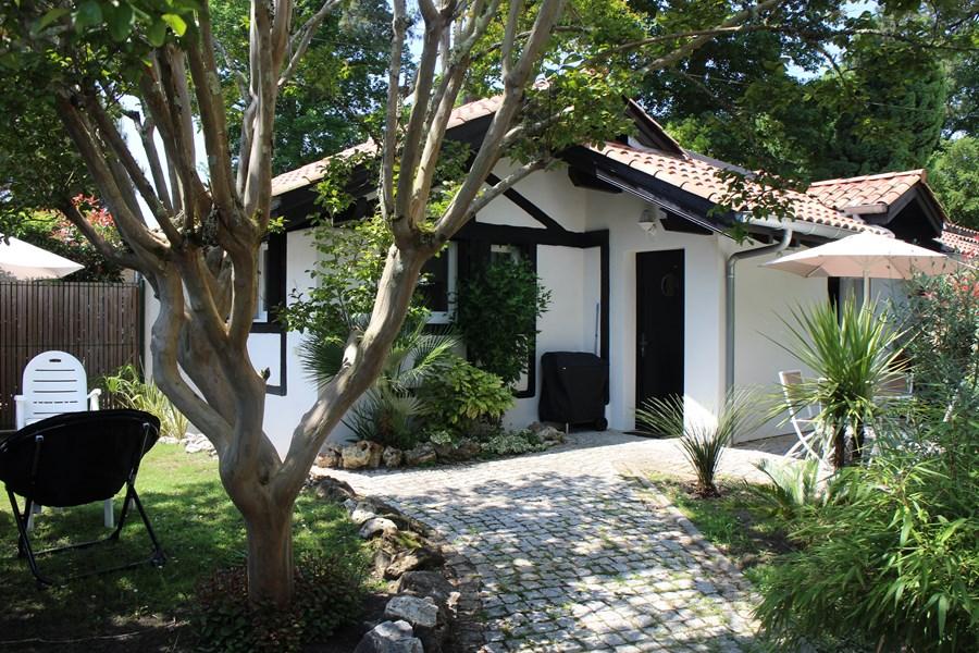 Location vacances villa 4 personnes hossegor for Agence petit hossegor